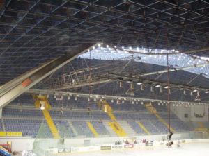 Akustika na zimním stadionu