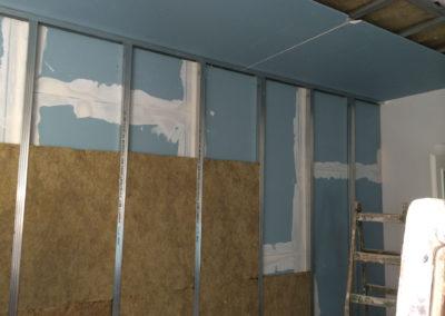 Odhlučnění stropu - napojení stěny a stropu