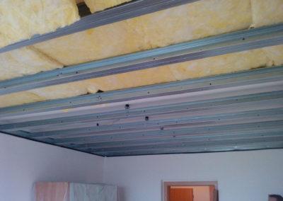 Odhlučnění stropu - samonosný podhled