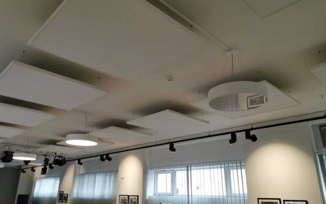 Úprava akustiky v showroomu Dobříš
